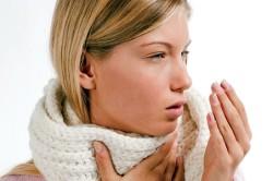 Сильный кашель - причина крови в глазах
