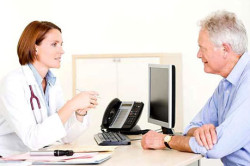 Консультация врача по поводу удаления родинки